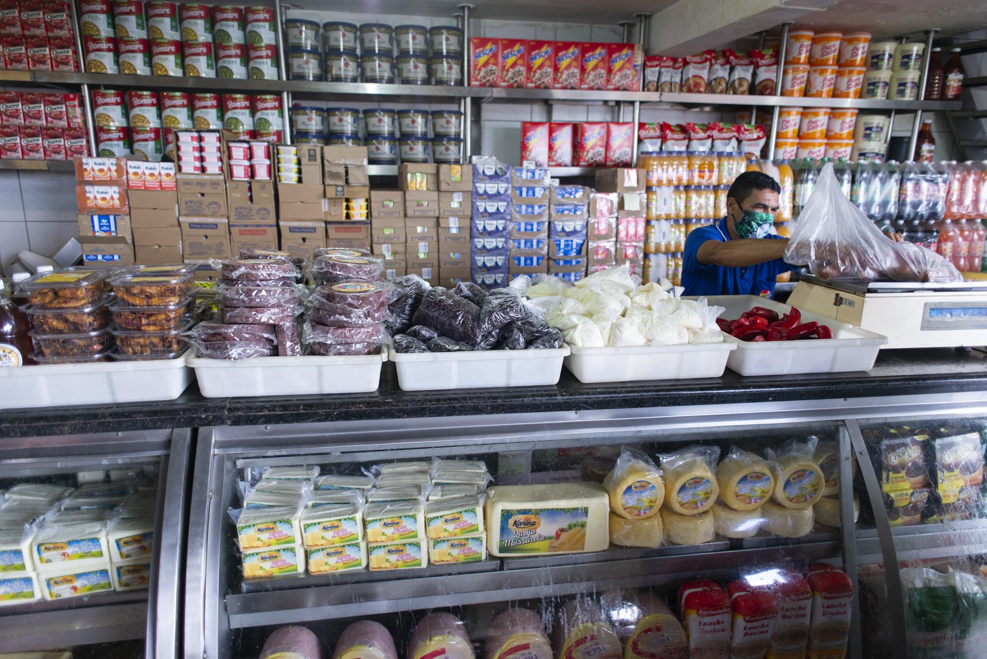 Governo do Ceará concede incentivos para produção de queijo muçarela