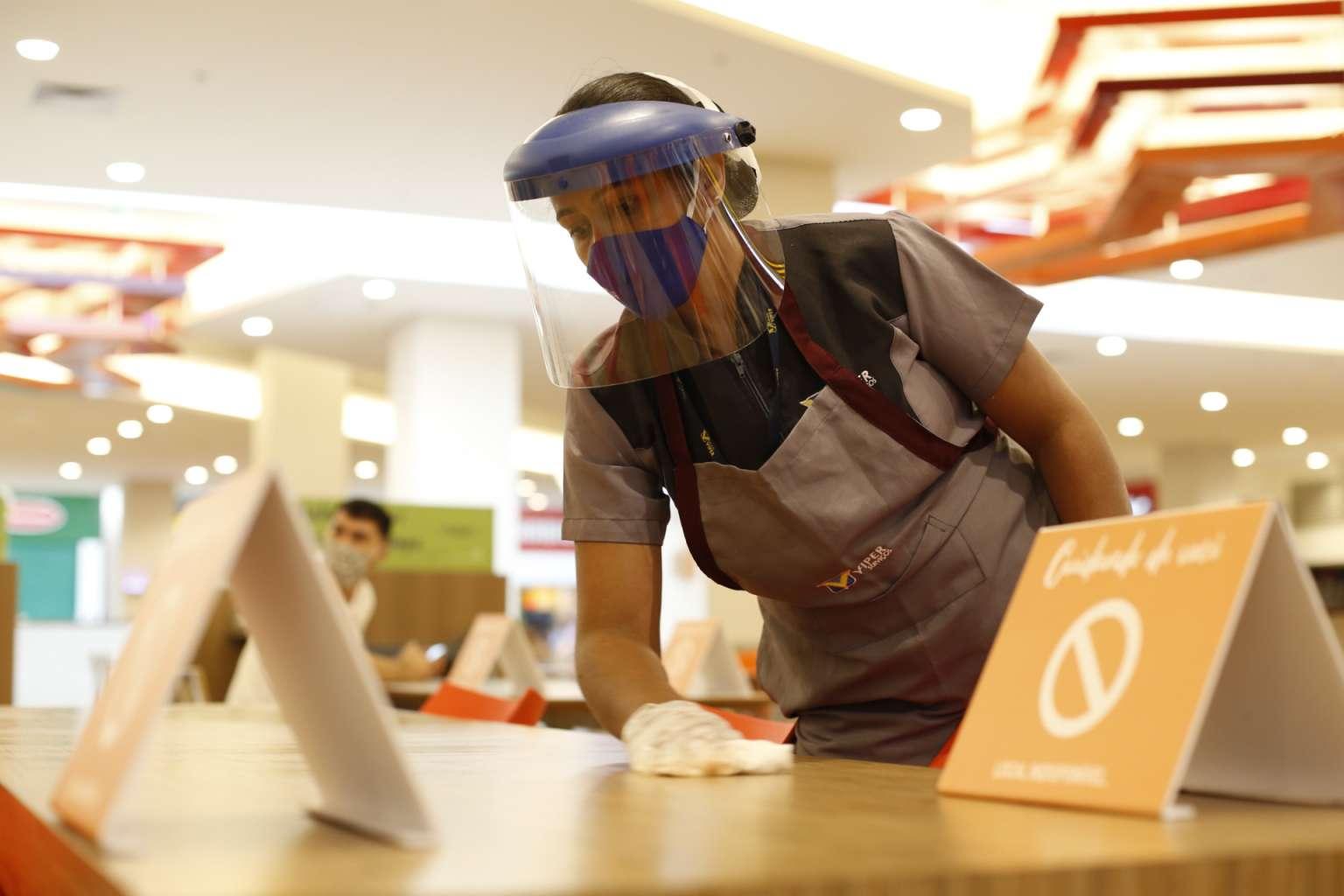 Governo do Ceará anuncia medidas de apoio aos setores de restaurantes e bares